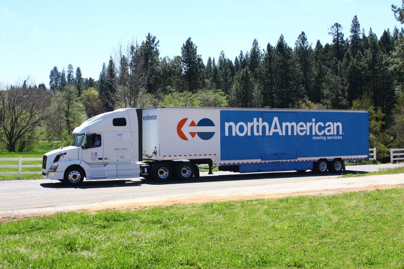 moving_tips_north_american_van_lines_min